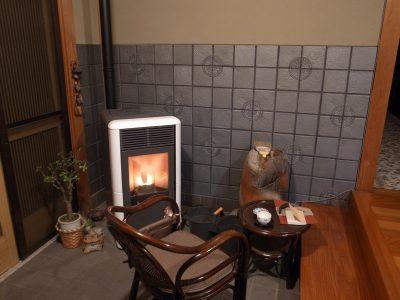 長野県生坂村でエディルカミンのペレットストーブ「ポイント」設置